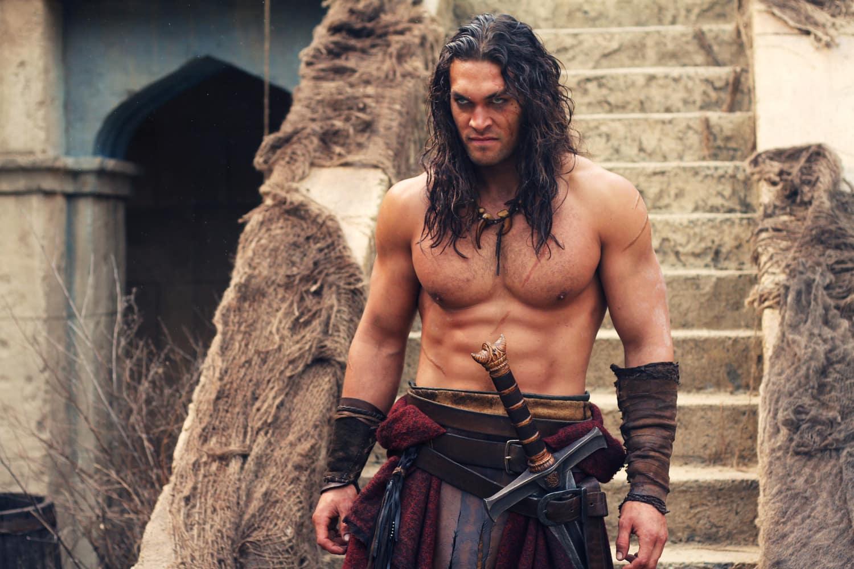 Nem adianta fazer essa cara Conan-Khal Drogo-Momoa...teu filme ficou bem ruim.