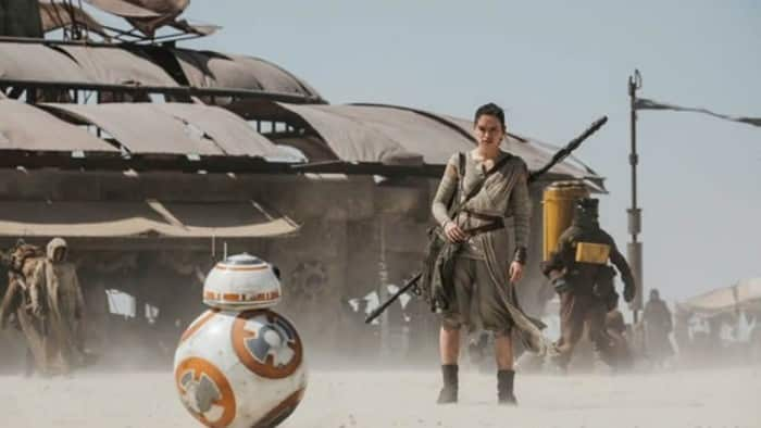 star-wars-7-force-awakens-bb8-daisy-ridley-1748x984