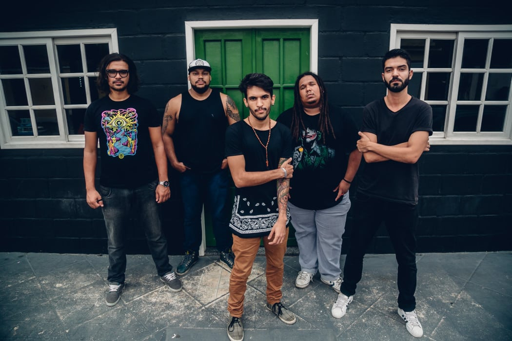 Fora do Mainstream: Sudra